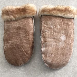 Other - Suede Faux Fur Lined Mittens, Large